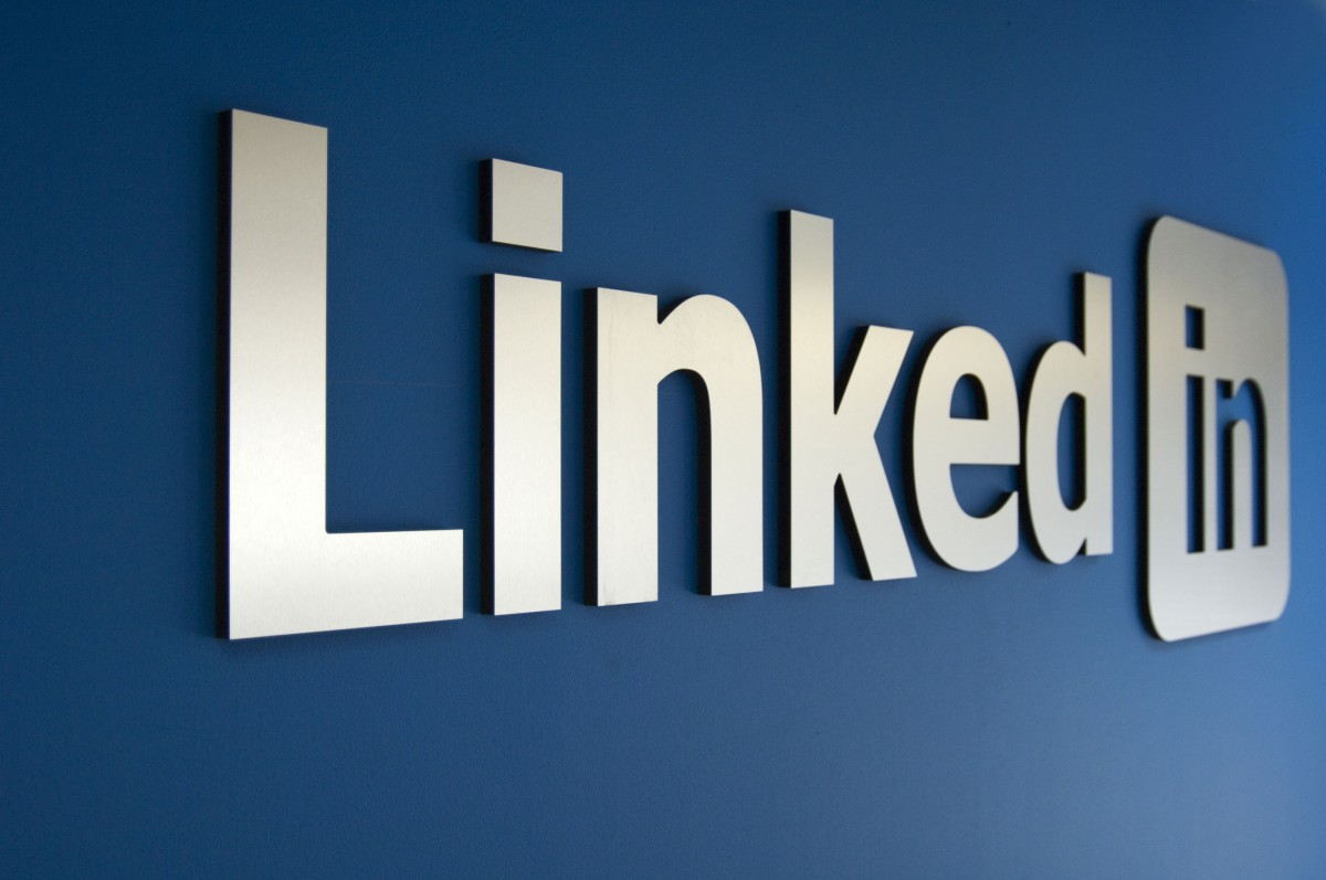 LinkedIn calling scientists to help analyze their big data